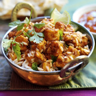 Quorn Meat Free Chicken Pieces Tikka Masala