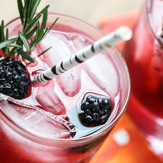 Blackberry Gin Lemonade.