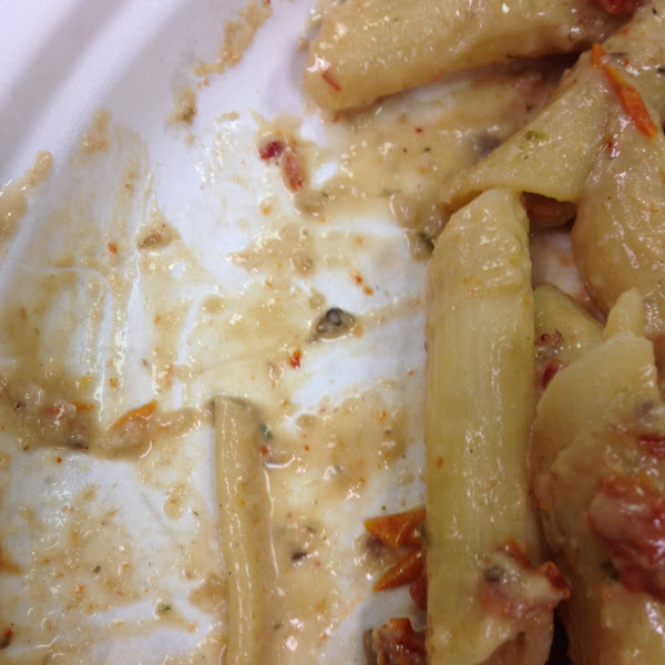 This is the Pasta Milano with gluten free penne that I ordered. And you can clearly see the non glut
