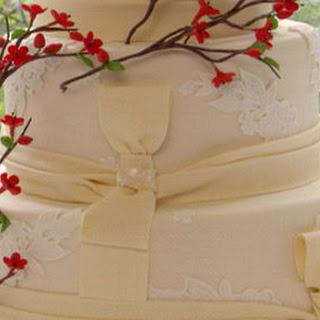 Cinnamon vanilla wedding cake with Mexican hot chocolate buttercream