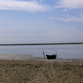 Alone beside Padma by Arif Hossain - Landscapes Travel ( sunset on padma river, sunset, padma, boat, river )