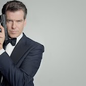 Pierce Brosnan Live Wallpaper