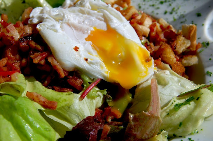 Easy Poached Egg Salad