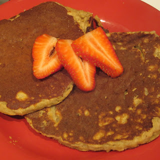 Banana Pancakes, plus a few Paleo Pancake Pointers