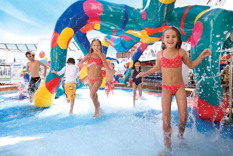 Your kids will have fun splashing around in the H20 Zone water park aboard Oasis of the Seas.