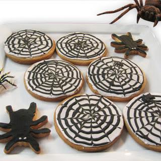 Halloween Spiderweb Cookies.