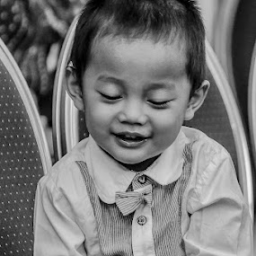 Handsome Little Man by Dennis Gaspersz - Babies & Children Children Candids ( djg99 )