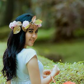 @taman langsat  by Andi Irawan - People Fashion ( gadis bunga :d )
