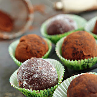 No Bake Rum Balls Recipes.