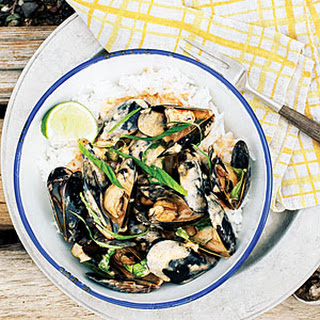 Thai Red Curry Mussels.