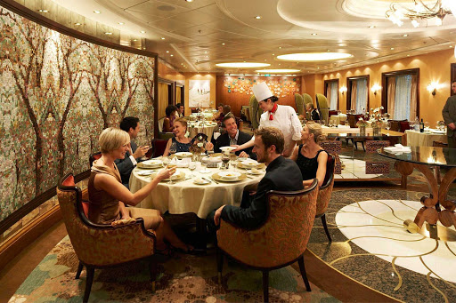 Oasis-of-the-Seas-150-Central-Park-dining-room-2 - At 150 Central Park on Oasis of the Seas offers you'll find a seasonal tasting menu, customized wine pairings and an upscale dining experience.