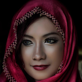 Cen Marcela in Hijab by Cai Xiong - Digital Art People