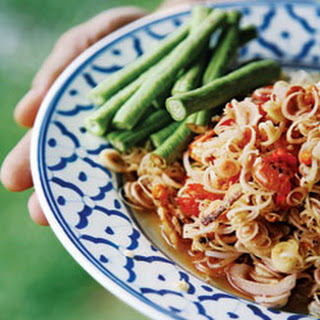 Yum Takrai (Spicy Lemongrass Salad)