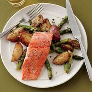 Salmon with Lemon-Dressed Vegetables