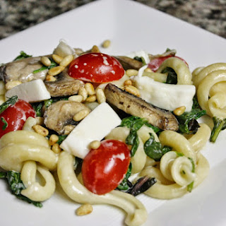 Pasta With Creamed Spinach And Tomatoes
