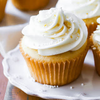 White Wedding Cupcakes.