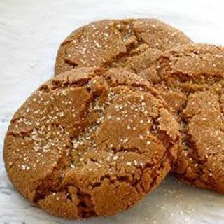 Chewy Treacle Cookies