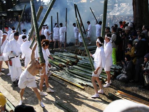 竹割り祭り