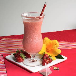 Creamy Mixed Berry Tea Smoothies.