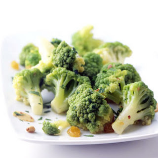 Broccoflower with Anchovies and Garlic Recipe