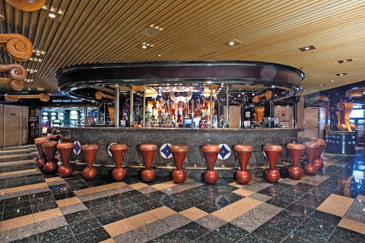 Carnival-Inspiration-Violins-Bar - Stop by the Violins Bar for cool drinks, live music and ocean views on your next Carnival Inspiration cruise to Mexico.