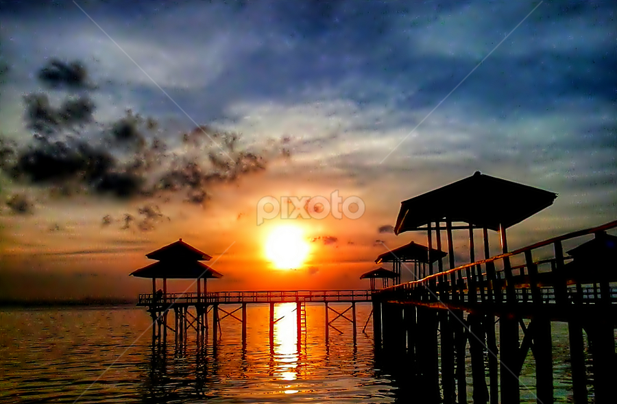 sun on the beach by Herry . - Instagram & Mobile Android (  )