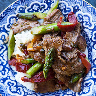 Flank Steak Stir-Fry with Asparagus and Red Pepper.