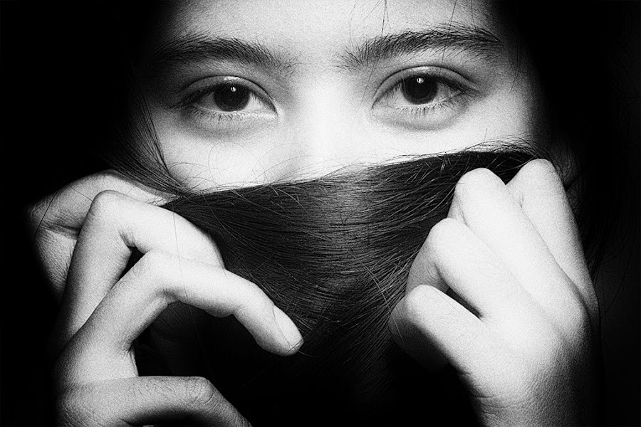 The eye by Arthur Siahaan - Black & White Portraits & People