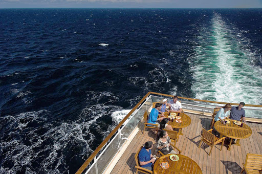 Aft_Deck_Celebrity_Constellation - Mix your dining and sightseeing on the aft deck of Celebrity Constellation.