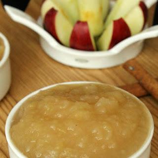 Easy Homemade Applesauce.