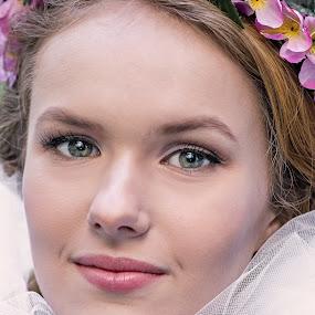 Beauty by Evita Ewii - People Portraits of Women ( beautiful, beauty, women, natural, flower girl )