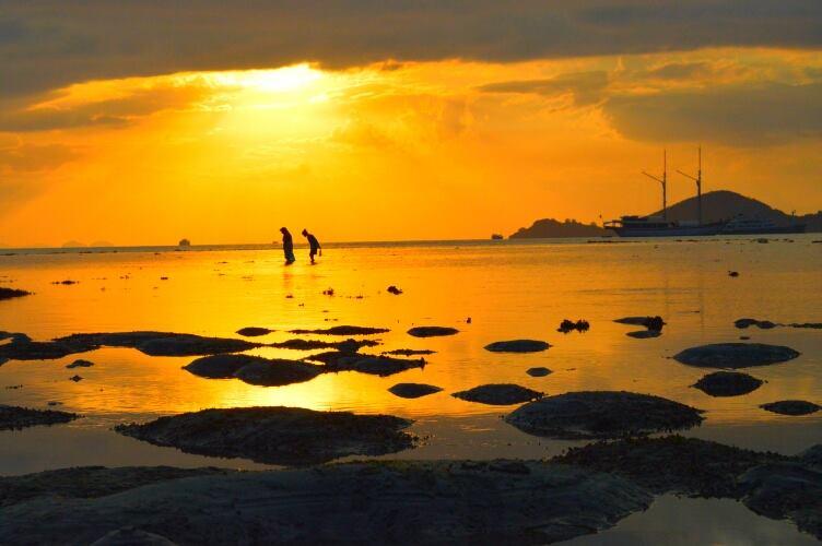 in sunset by Rinal Dino - Landscapes Sunsets & Sunrises ( sunset, landscape, people )