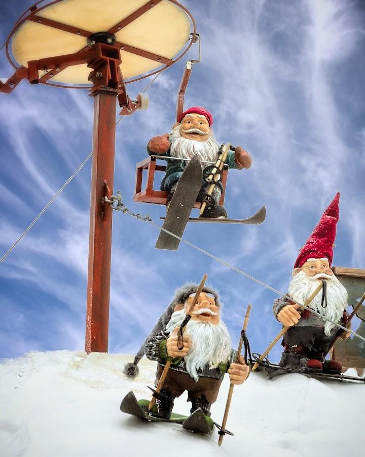 Skiing Santa's by Paul Zeinert - Public Holidays Christmas ( skiing, winter, europe, santa, snow, christmas, colonge, germany, christmas market, köln )