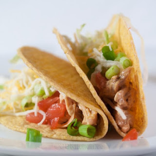 Speedy Chicken Tacos With Creamy Chipotle Sauce.