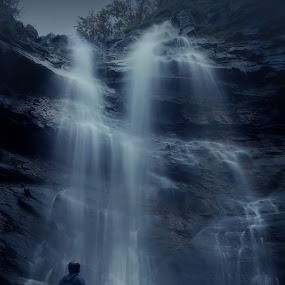 Natural freshness by Paolo Lazzarotti - Nature Up Close Water ( mountain, silk water, waterfall, long exposure, deep blue, portrait, appennines )
