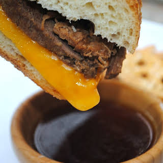 Slow Cooker French Dip Sammies.