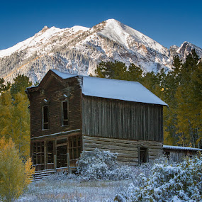 Ashcroft was a silver mining town that went bust when America switched to the gold standard by Hans Watson - Buildings & Architecture Decaying & Abandoned
