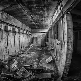 Going gone by Jim Merchant - Buildings & Architecture Decaying & Abandoned ( b&w, toilet, abandon, island, decay )