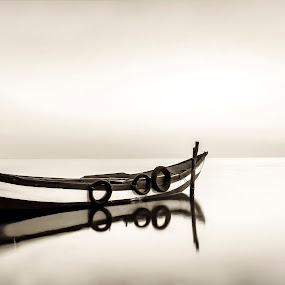Sleeping Boat by Paulo Veiga - Black & White Landscapes ( calm, water, sepia, b&w, lagoon, wood, black and white, waterscape, 2014, paulo veiga, bw, pixoto, paint, boat, landscape, riverscape, black&white, stakes, ria de aveiro, reflections on water, reflexions, portugal,  )