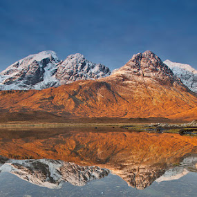 Slapin dawn by Ian Pinn - Landscapes Mountains & Hills ( mountains, skye, dawn, snow, loch, blue, orange. color,  )