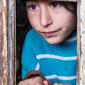 pure beauty by Dana Corina Popescu - Babies & Children Child Portraits ( child, girl, window, candid, people )
