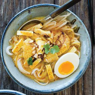 Curry Noodles With Chicken (Kuai-Tiao Kaeng Sai Kai) From 'Simple Thai Food'