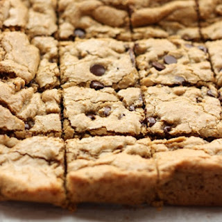 Classic Chocolate Chip Blondies
