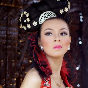 wanda mifta by Arief Wijayanto - People Portraits of Women