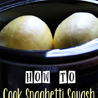 How to Cook Spaghetti Squash in the Crockpot