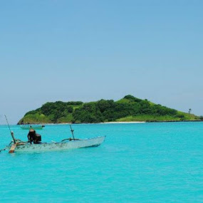 Pulau saluru by Piet Leba - Landscapes Travel ( sumbatimur )