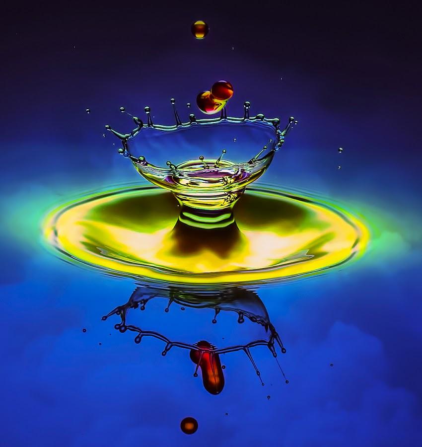 Cheers ! by Chandra Irahadi - Abstract Water Drops & Splashes