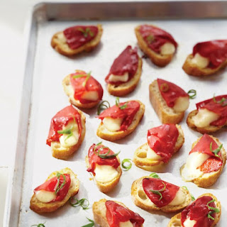 Piquillo Pepper and Cheese Toasts.
