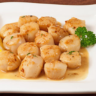 Seared Scallops with Lemon and Garlic Pan Sauce.