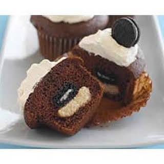 Mini OREO Surprise Cupcakes.